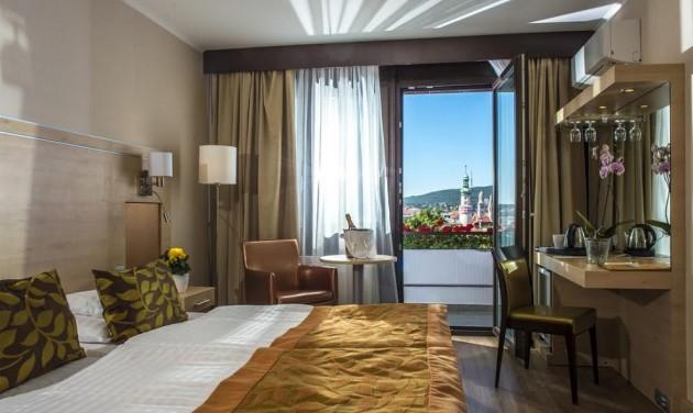Ünnepélyes menyitó helyett teltház a Hotel Sopronban