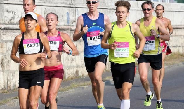 70 országból 2500 futó vasárnap - útlezárások