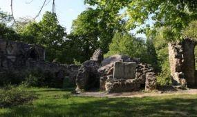 Folytatódik az Angolpark felújítása Tatán