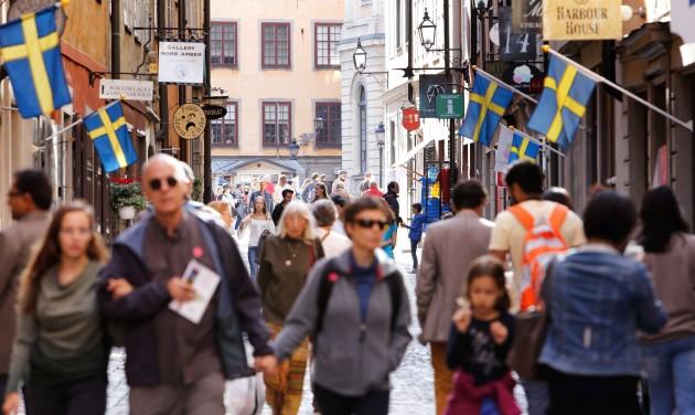 Svédország feloldja a legtöbb járványügyi korlátozást