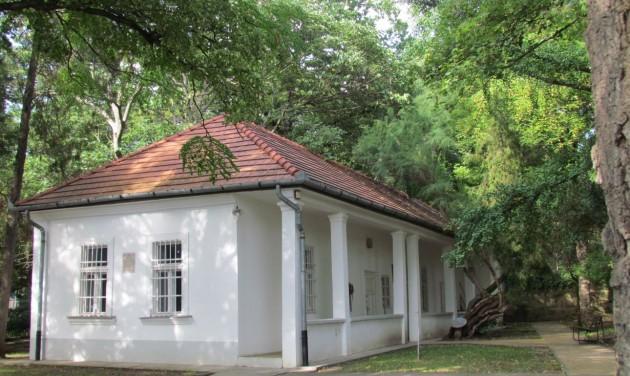 Közösségi térré fejlesztik az egri Gárdonyi-kertet