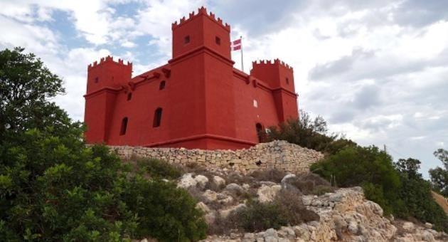 Befejeződött Máltán a mellieħai Vörös-torony helyreállítása