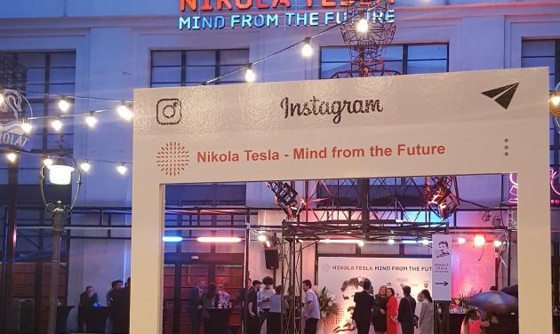 Lépj be Tesla világába – és lájkold!