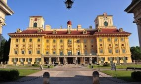 Időszaki kiállítás nyílt a kismartoni Esterházy-kastélyban