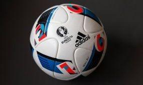 Külügyi figyelmeztetés a foci Eb-re utazó magyaroknak