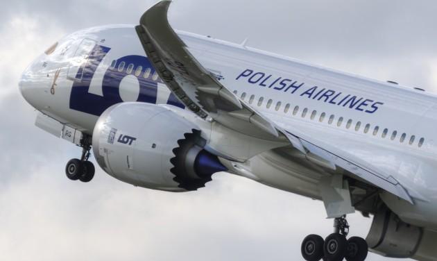 Szingapúrba indít járatot Varsóból a LOT