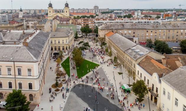 Új sétálóövezetet avattak Debrecenben