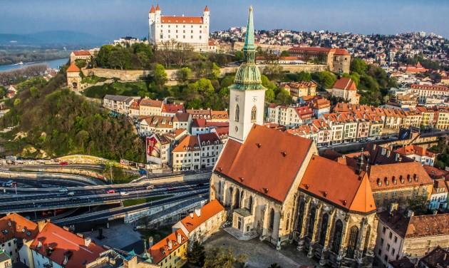 Tovább szigorodnak a Szlovákiába történő beutazás feltételei
