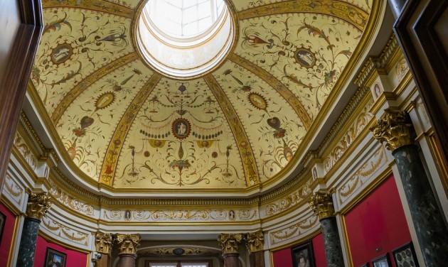 Több mint 10 millió euró veszteséggel számol az Uffizi-képtár
