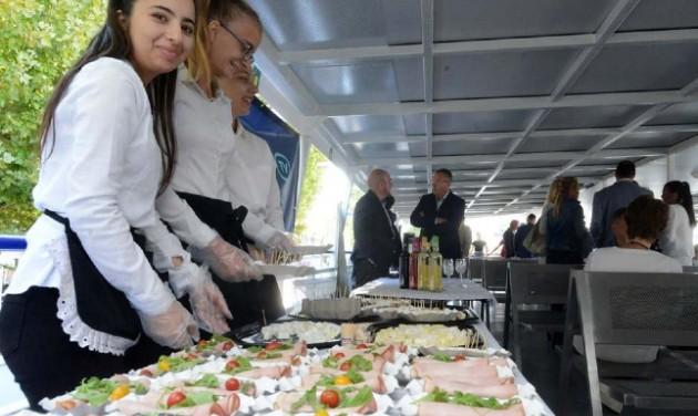 Virtuális képzőközpontban tanulnak a balatoni szakács- és cukrászjelöltek