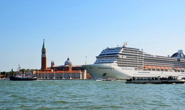 Végleg kitiltják az óceánjárókat Velencéből