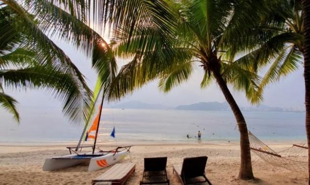 Hainanra a Robinson Tours-szal – meghívó
