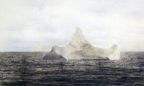 Elárverezik a Titanicot elsüllyesztő jéghegyről készült fotót
