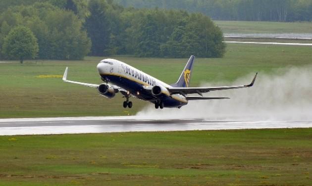 A Ryanair-járatok 90%-a pontos volt novemberben