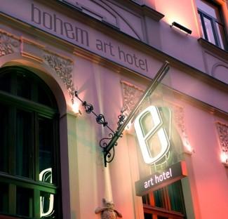 Recepciós, Bohem Art Hotel**** boutique szálloda, Budapest