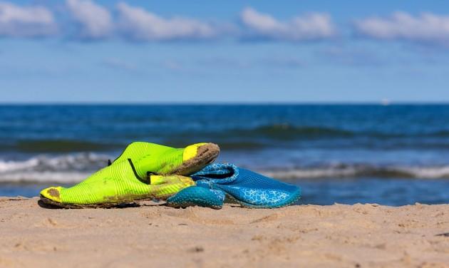 Egymillió strandpapucsban fuldoklik a Kókusz-szigetek