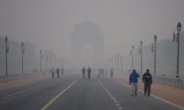 Vészhelyzetet hirdettek Delhiben a szmog miatt