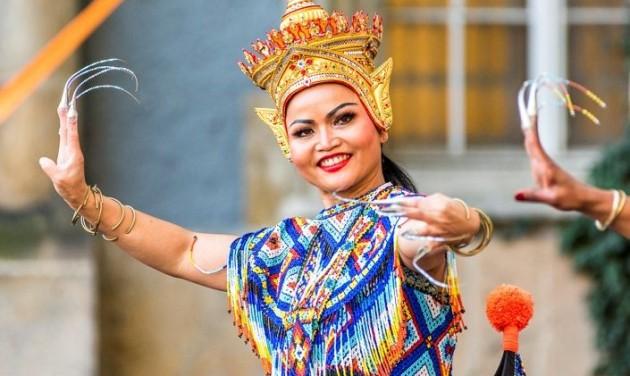 Thai fesztivál kultúrával és földi örömökkel