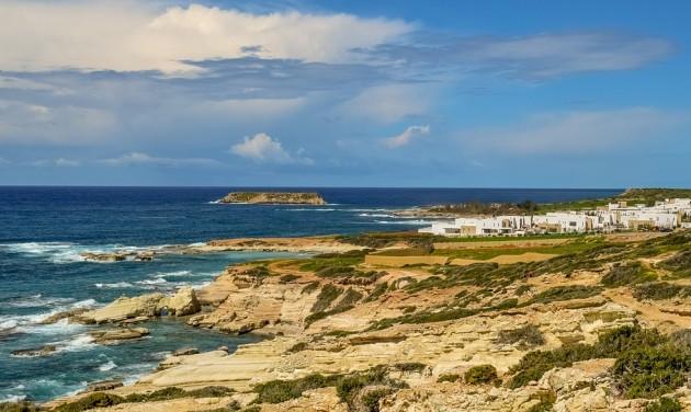 Júliustól indulhatnak a charterek a tengerparti üdülőhelyekre
