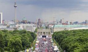 Sikeresen csábítja Berlin a távoli piacokról érkezőket