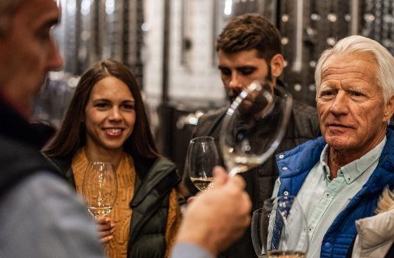 Idegenvezetők edukációja a magyar borért