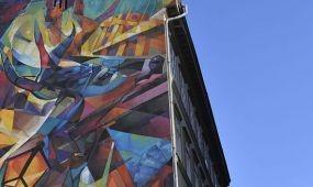 Csodaszarvas a Régi posta utcában - Újabb színes falak a fővárosban