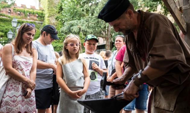 Koncertekkel és magyar ízekkel folytatódik a Szent István-napi ünnep a fővárosban