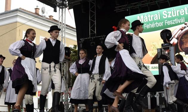 Ízes Magyarország: Mátrai Szüreti Napok és Fehérbor Fesztivál