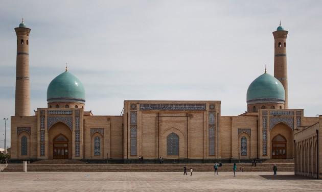 Üzbegisztán enyhíti a vízumszabályokat