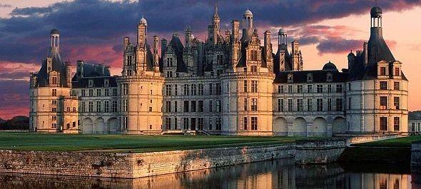Megduplázná kínai turistái számát Franciaország