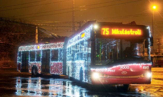 A Mikulástroli és a Mikulásbusz is elindult Budapesten