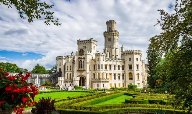 5,5 millió látogatót vonzottak tavaly a cseh kastélyok és várak