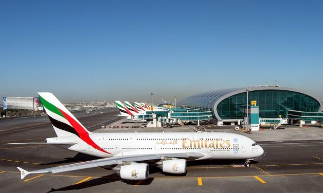 Jegyakcióval ünnepel az Emirates