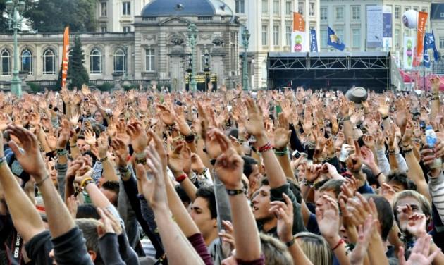 Biztonsági ellenőrzésnek vetik alá a belga fesztiválok önkénteseit