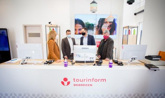 Új helyen, 21. századi környezetben megnyílt a debreceni Tourinform-iroda