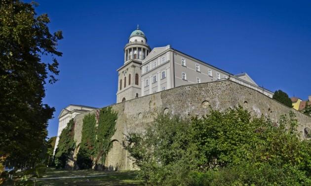 Csodás Magyarország: Ezeréves Pannonhalma