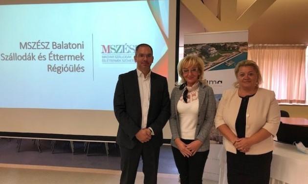 Panelbeszélgetések és tisztújítás a Balatoni Régióülésen