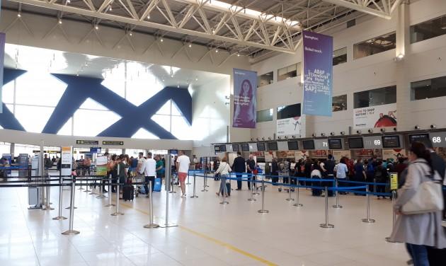 Jól teljesít a bukaresti repülőtér