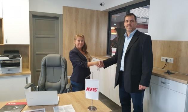Új Avis hálózati iroda Veszprémben