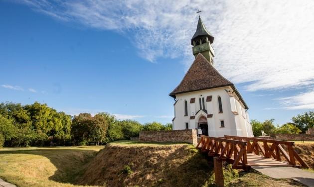 Megszépült a 15. századi óföldeáki erődtemplom