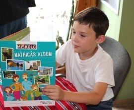 Matricás albummal várja a családokat Miskolc