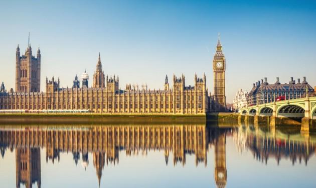 A brit kormány fizeti a vendégek éttermi számlájának felét augusztusban