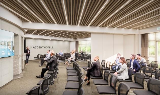 Fejlesztésekkel és optimizmussal készül az Accent a közelgő nyitásra