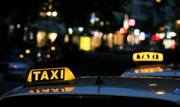 Drágul a budapesti taxizás, maradnak a hop-on hop-off cégek