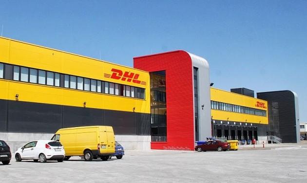 Új DHL-központ a reptéren