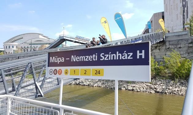 Hajóval a MÜPÁ-ba és a Nemzetibe