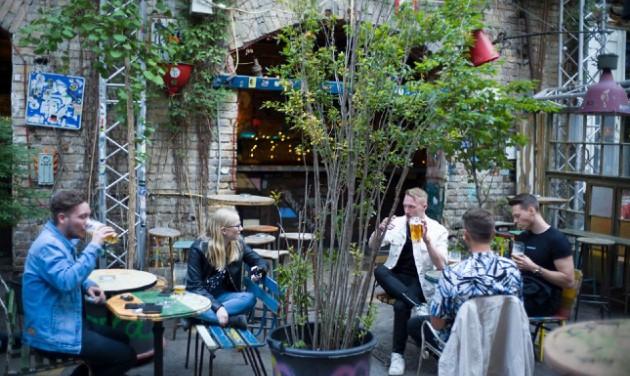 Rom- és artkocsmákról az új Turizmus Bulletinben