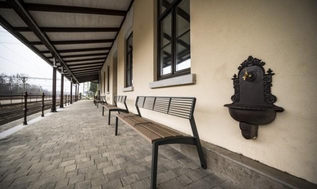 A sárvári vasútállomás is megszépült