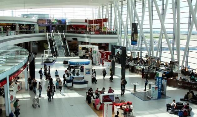 Nyárra új mosdók és ivókutak is lesznek a repülőtéren