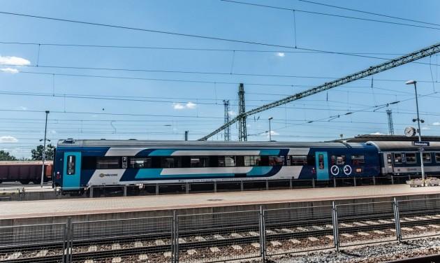 Egészen november elsejéig járnak egyes turisztikai célú vonatok